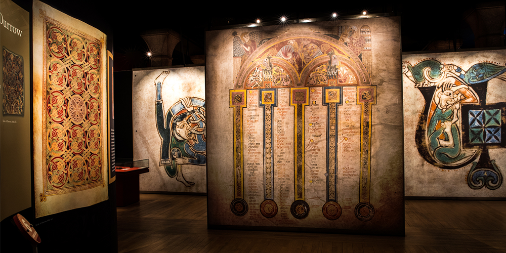 Book of Kells Early Access Tour with Dublin Castle
