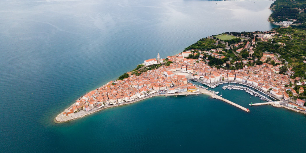 LIVE Interactive Tour: Walk Through The Popular Places Of Piran